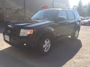 Ford Escape 2008 xlt CLEAN!