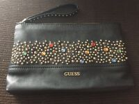 Gorgeous guess clutch