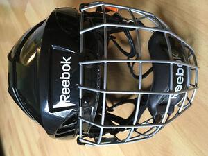 Reebok 5k size xs Hockey Helmet with cage