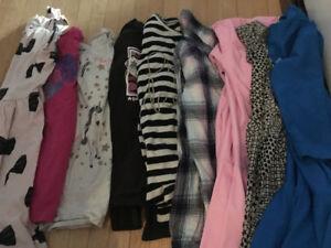 Lots de vêtements fille 5 à 8 ans