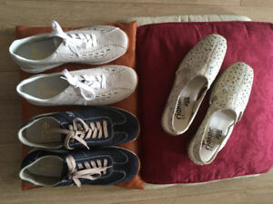 Like-new Reiker Casual and Stylish - Size 9