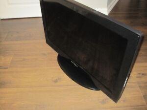 """Dynex 32"""" TV"""