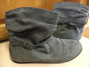 Girls Size 4 Boots - including BOGS