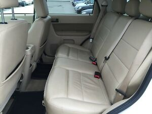 2010 FORD ESCAPE XLT * LEATHER * POWER GROUP * EXTRA CLEAN London Ontario image 12