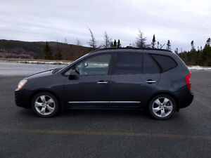 2008 Kia Rondo EX Luxury Wagon