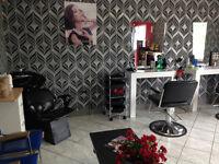 Salon Coiffure For Sale