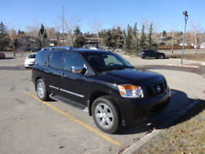 2013 Nissan Armada Platinum LOW KMS – 8 SEATER - NO ACCIDENTS –