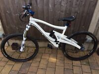 Marin Mount Vision Mountain Bike. This is an immaculate 2007 model medium frame