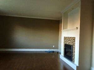 Avail Now! Clean, Bright, Spacious 3Bdrm. Birchmount Area