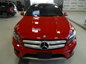 ** 2016 Mercedes GLA250 4Matic w/ Extended Warranty LOW KM! **
