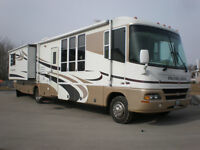 "Damon Intruder Class A Motor home 38 FT. 2 slides ""low Mileage"""