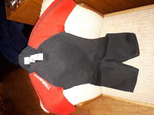 Tribord shortie wetsuit size 6