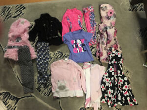 Clothing lot size 9-12 months