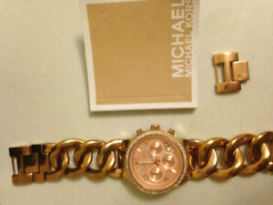 Lightly used women's michael kors watch