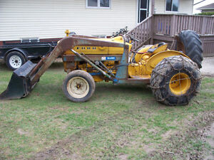 ford 2000 loader tractor