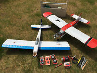2 R/C planes, engine and many accessories