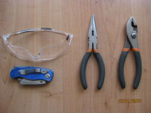 Pliers (NEW/Never used) & free offer stuff (construction)