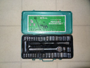 40 Pcs Ratchet-Socketm set