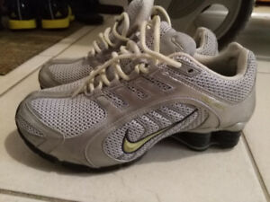 Women's NIKE sport shoes