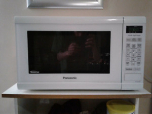 AMAZING WORKING MICROWAVE
