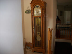 Grandfather Clock, in mint shape, works perfect.