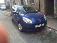2010 Renault twingo 12 months mot bargain must go.. £995