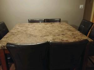 Table bistro dessus en marbre 8 places