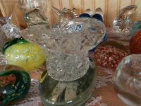 Vintage Glass Button and Daisy Hat Toothpick Holder