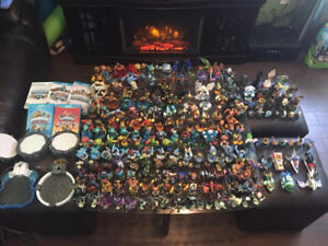 Huge Skylanders Wii U Collection