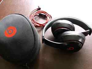 Solo beats 2 forsale
