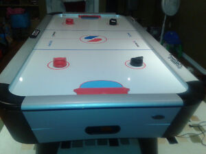 air hockey table $400