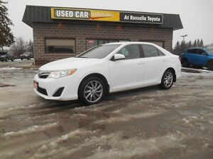 2012 Toyota Camry LE Peterborough Peterborough Area image 2