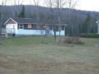 Nice three bedroom house with waterfront & boat launch