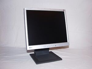 """LG 17"""" LCD Monitor"""