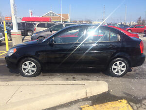 2009 Hyundai Accent Sedan WITH SAFETY AND EMISSIONS