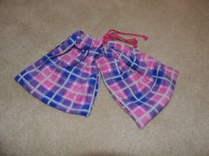Custom Pink and Dark Blue Checkered Stirrup Covers