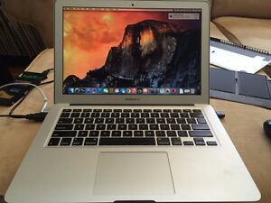 AS-IS Apple MacBook Air 13.3 Early 2014 i5 1.4GHz 4GB RAM