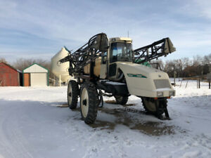1997 Willmar 7200 Ranger High Clearance Sprayer