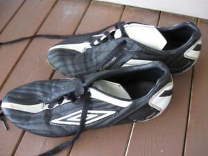 K Leather Cleats-Men's 8.5 Size-Good conditon