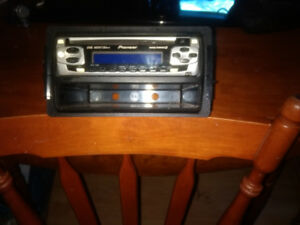 Car stereo with mounting bracket