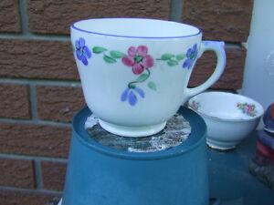 Vintage $5.00 Tea Cups (2) Belleville Belleville Area image 4