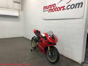 2013 Ducati Panigale 1199 R Spec Low Kms Exhaust Cover Books
