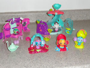 SPIN MASTER ZOOBLES UNDERSEA SLIDE AND ACCESSORIES