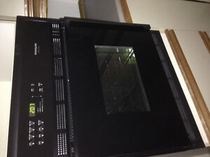 Frigidaire 27 Gallery series wall oven