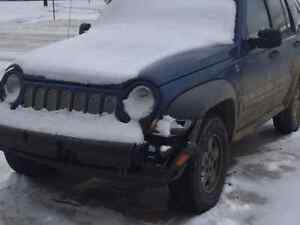 2005 Jeep liberty: Parting out or sell complete unit