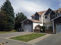 3 BEDROOM TOWNHOME- QUICK POSSESSION