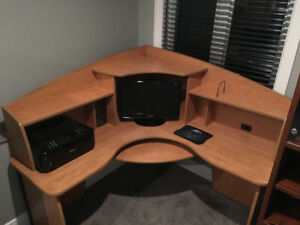Quaility Computer / gaming desk