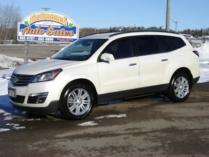 2014 CHEVROLET TRAVERSE LT***AWD***HEATED SEATS***LIKE NEW***