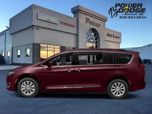 2017 Chrysler Pacifica Touring-L  - Leather Seats - $298.98 B/W