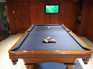 Pool Table 4x8 New Cloth Many Accessories